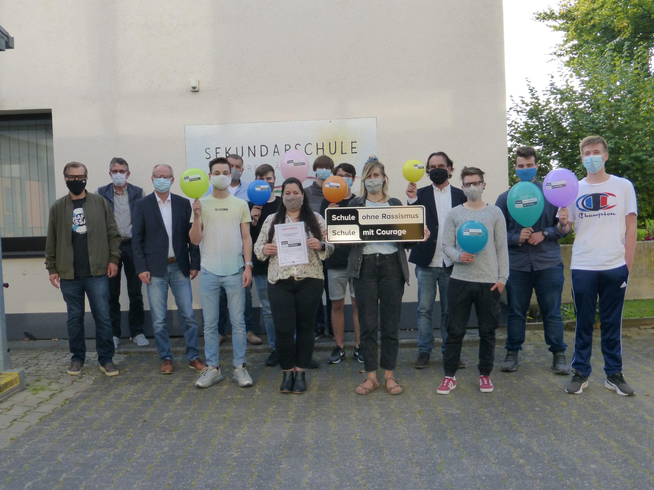 Eine Schule mit Courage – Sekundarschule im Dreiländereck erhält besondere Auszeichnung